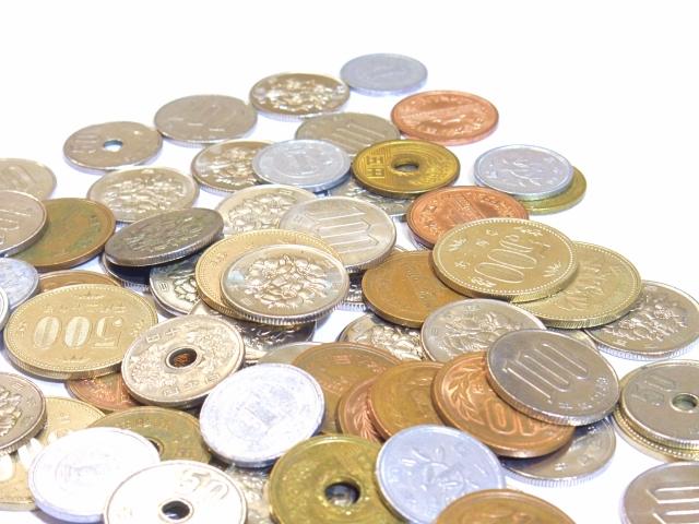 大量の小銭 銀行