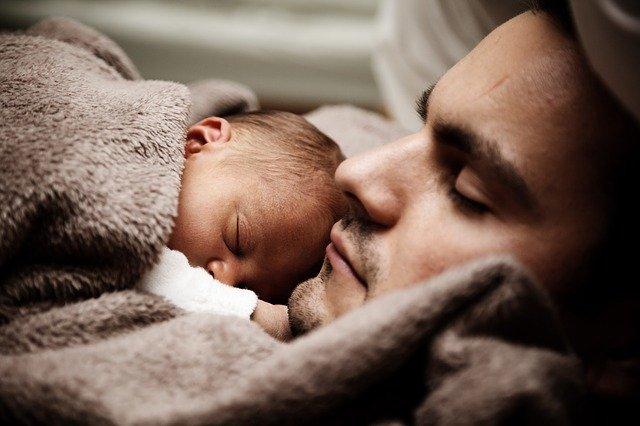 赤ちゃん,寝かしつけ,父親